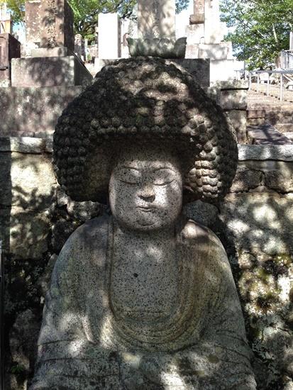 人気の「アフロ仏像」