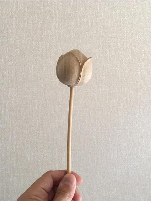 木彫りの蓮・・・
